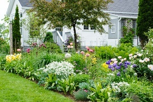 garden planning and design - Front Yard Cottage Garden Ideas