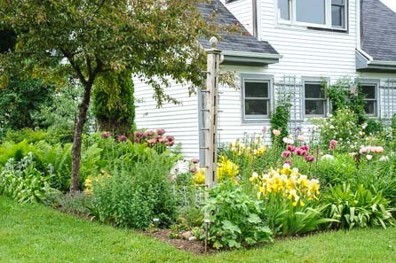 Flower garden design tips